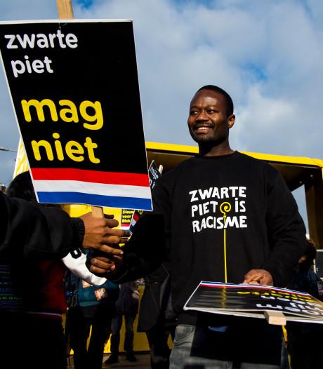 Groep de Mos hekelt 'dreigmail' van Kick Out Zwarte Piet