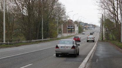 Twee weken hinder op Ninoofesteenweg in Schepdaal door werken ter hoogte van spoorlijn