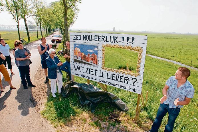 Al in 2007 vinden de eerste protesten plaats tegen de bypass en het dorp Reeve bij Kampen.