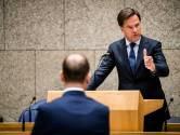 Oppositie bikkelhard over coronabeleid, Rutte betreurt onrust binnen zorg