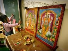 Leraren Algemene Hindoe Basisschool komen in opstand tegen 'schrikbewind'