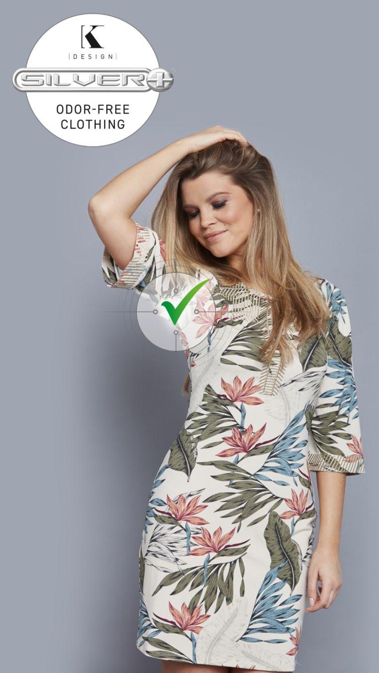 Boegbeeld van de geurvrije dameskleding is gewezen Miss België Justine De Jonckheere.