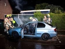 Opnieuw auto in brand in Arnhem-Zuid: waarschijnlijk aangestoken