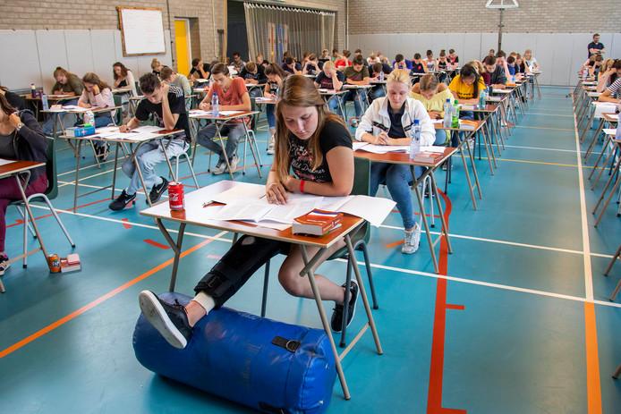 Ter illustratie. Examens bij ISW.