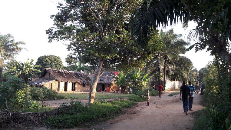 Het dorp Monkoto. Beeld