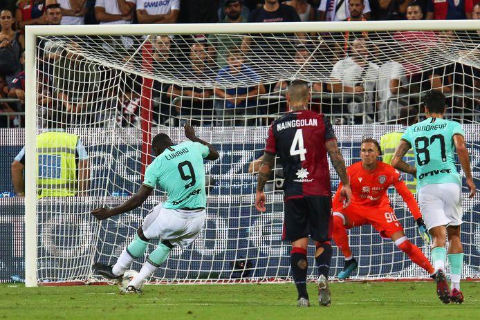 Romelu Lukaku benutte zijn strafschop tegen Cagliari.