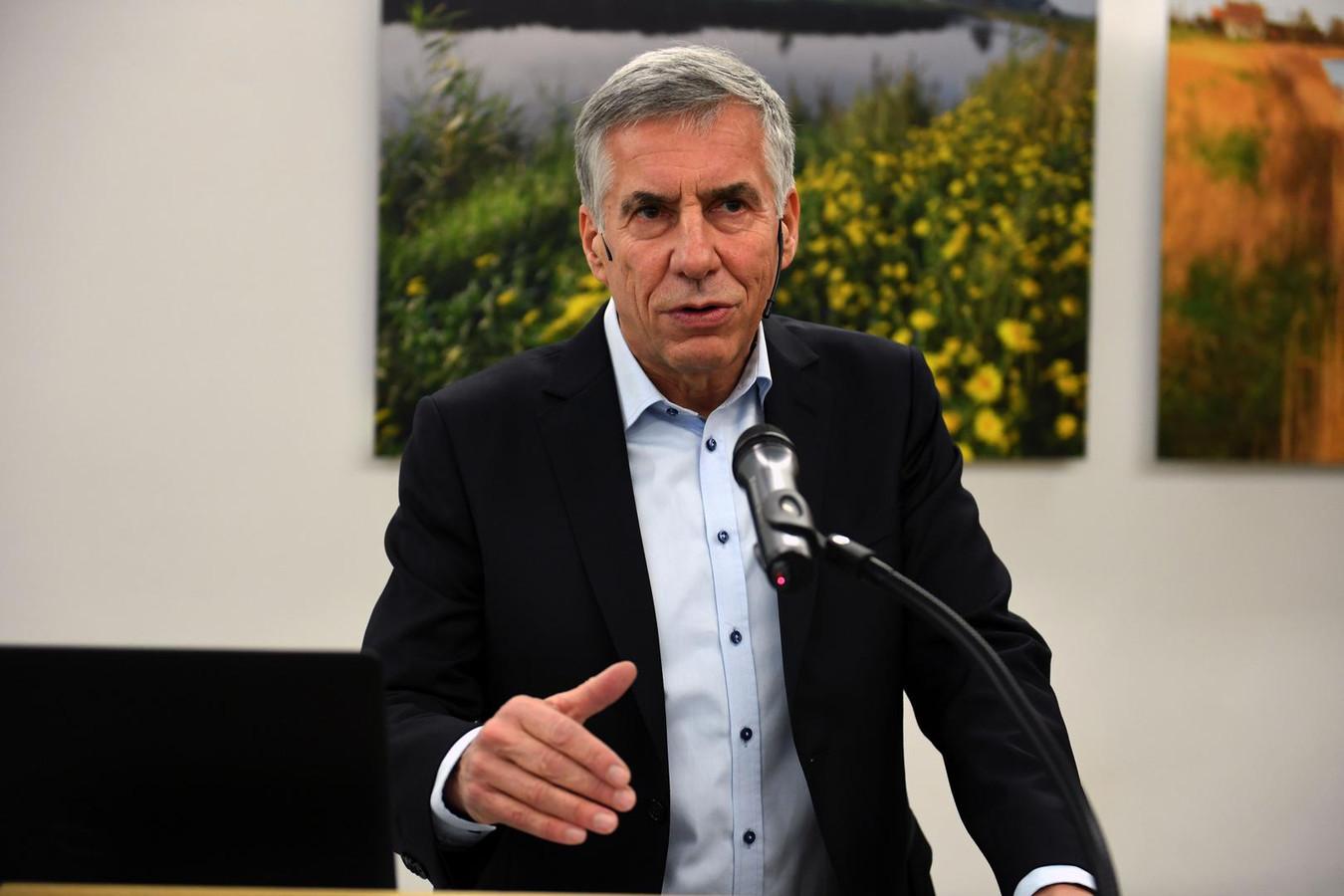 Schepen Carl Devlies (CD&V) hoopt dat de Norbertuspoort veel stemmen krijgt van het publiek na de nominatie voor de Vlaamse Onroerenderfgoedprijs.