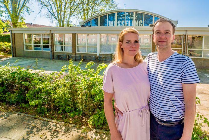Bart en Jascha Wesseling willen dolgraag open gaan en eisen duidelijkheid van de overheid.
