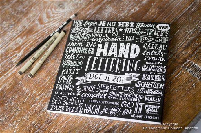 Het boek 'Handlettering doe je zo!'.