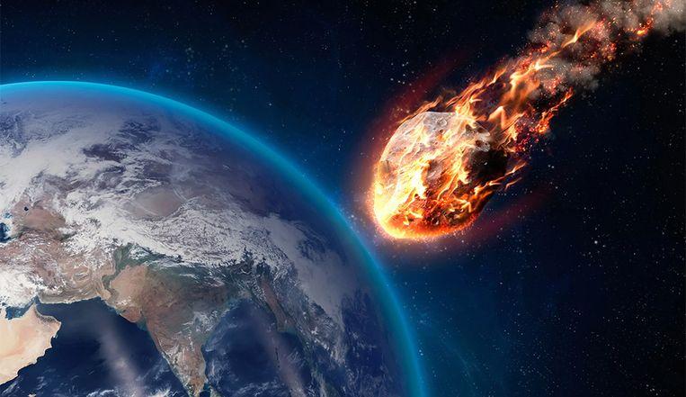 """Gigantische en """"mogelijk gevaarlijke"""" asteroïde raast vanavond met 72.000 km/u langs de aarde"""