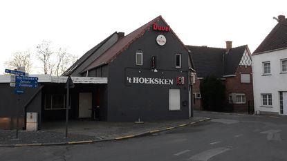 Gefrustreerde inbreker zet café 't Hoeksken blank