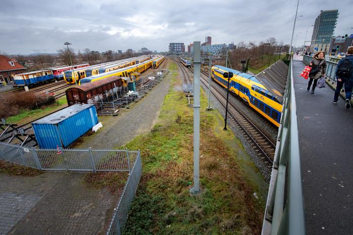 Station Nijmegen vanaf de Graafseweg.