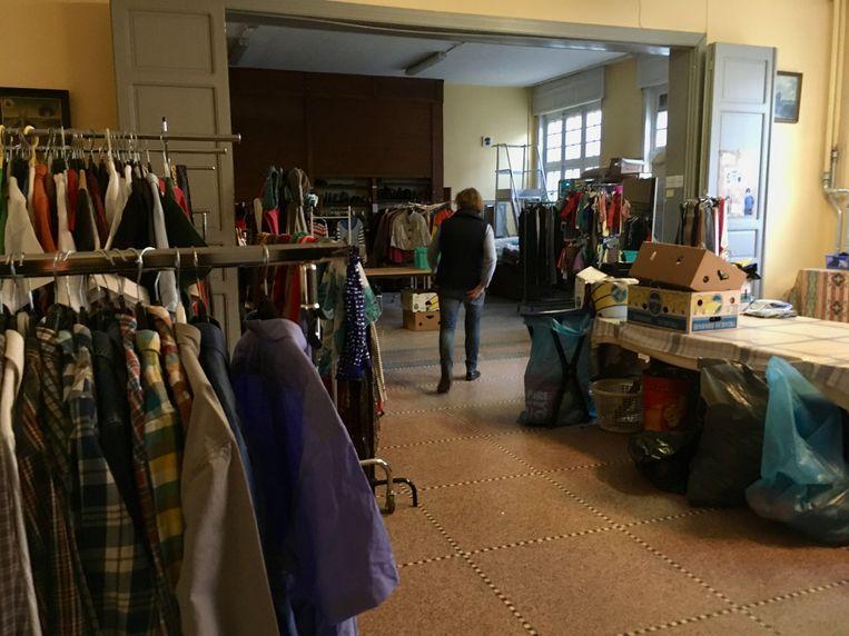 De winkel met kledij aan spotprijzen. Er wordt ook heel veel gratis weggegeven.
