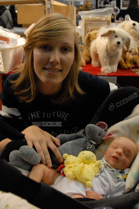 Levensechte exemplaren bij Poppen- en berenbeurs in Brabanthallen