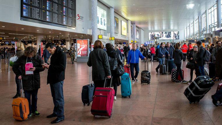 De aankomsthal van Brussels Airport bleef een tijdlang dicht na de aanslagen van 22 maart.