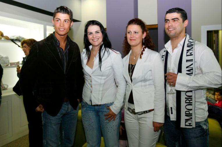 Cristiano met Hugo en zijn twee zussen.