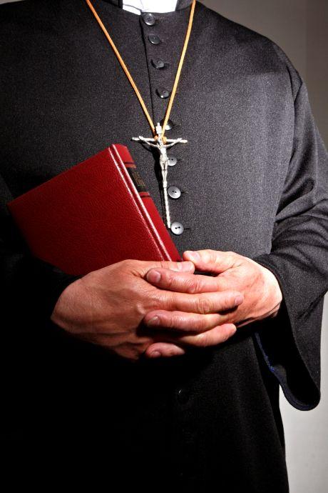 Komst transgendercentrum speelt rol in ruzie tussen Radboud en bisschoppen: 'Het is kleinzielig, op het infantiele af'