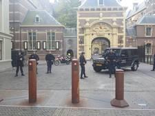 Binnenhof ontruimd na vondst verdacht pakketje Eerste Kamer