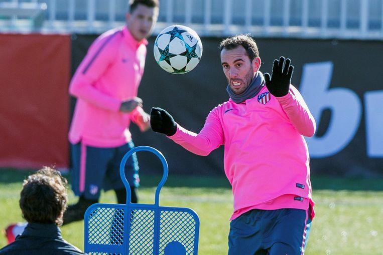 Diego Godin en Atlético moeten vol aan de bak op Stamford Bridge.