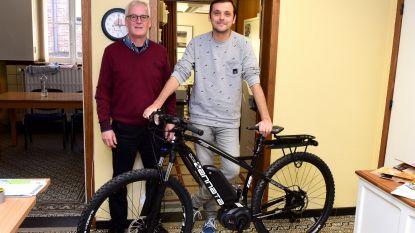 Gemeente koopt drie elektrische fietsen voor de kleine verplaatsingen