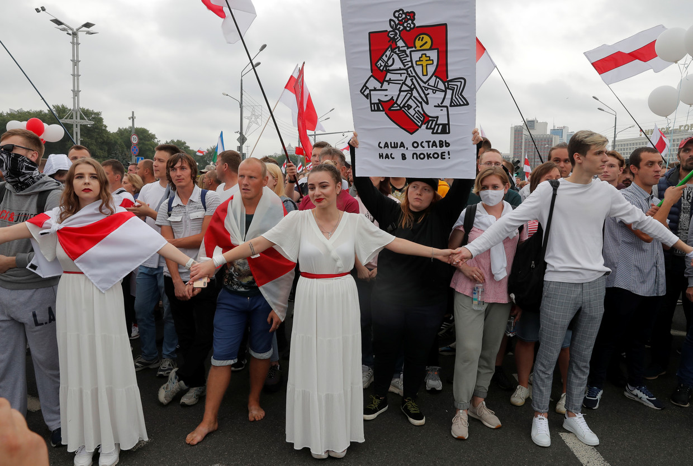 Vrouwen spelen een hoofdrol in de Wit-Russische protesten, zoals hier in Minsk. Beeld REUTERS