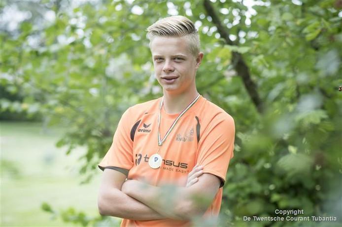 Korfbaltalent Mart Vrielink uit Vriezenveen: Europese titel.