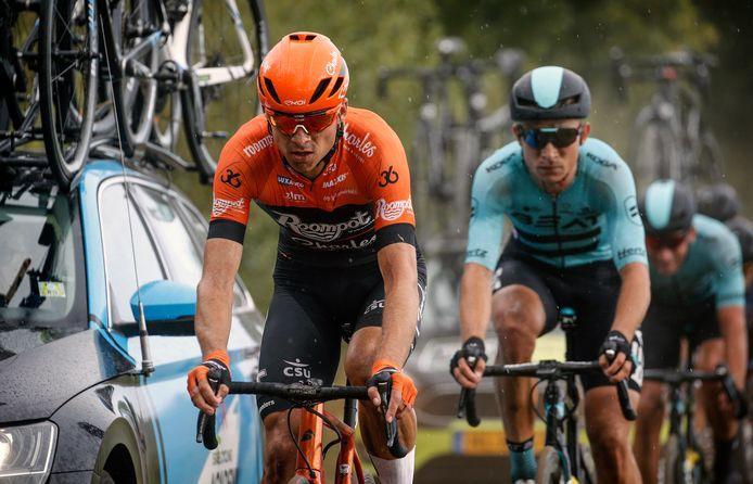 Martijn Budding (rechts), hier nog in het shirt van BEAT Cycling Club, moet het voorlopig doen met trainingsritten.