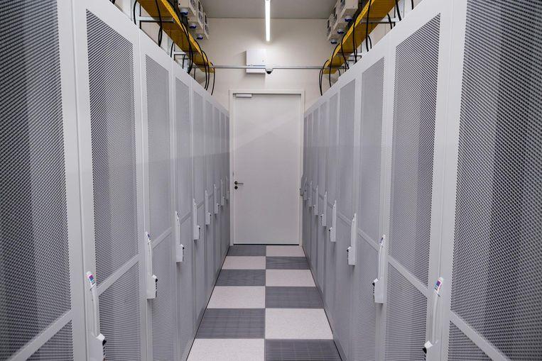 In de Amsterdam Data Tower is de temperatuur in de serverruimtes exact 25 graden Beeld Rink Hof