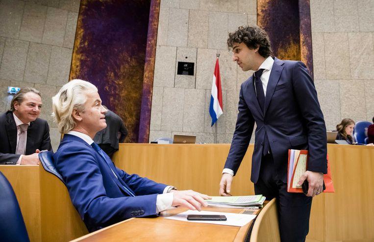 Geert Wilders (PVV) en Jesse Klaver (Groenlinks) nemen het kabinet van verschillende kanten onder vuur. Beeld ANP - Bart Maat