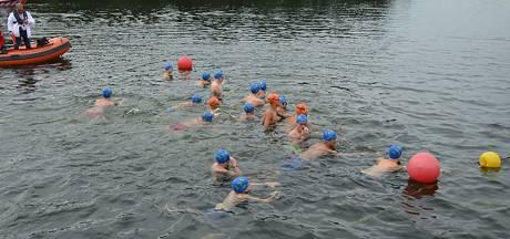 De Dommelbaarzen stopt met wedstrijdzwemmen