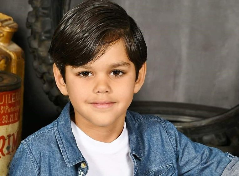 Mohamed Sahli zit in de halve finale van Top Model Belgium Kids.