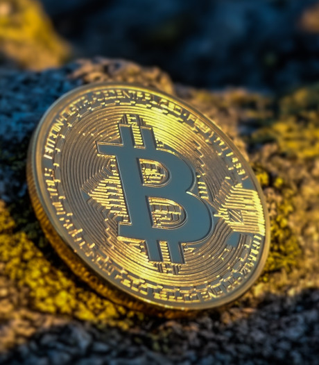 Ouderen slachtoffer helpdeskfraude, bitcoin-bedrijf voorkomt erger