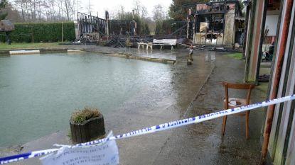 Asbest vrijgekomen na brand bij visclub