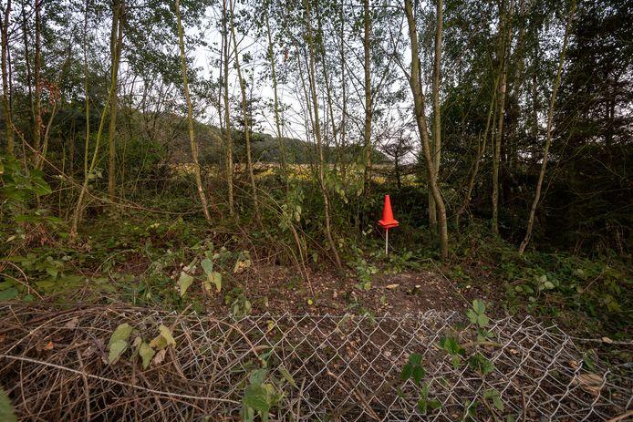 Beelden van de schouw op de Brunsummerheide. Op deze plek werd Nicky gevonden.