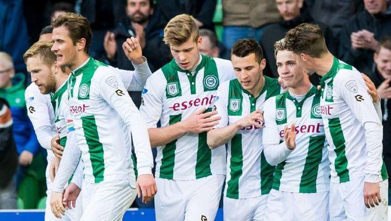 Albert Rusnák (tweede van rechts) wordt gefeliciteerd met zijn doelpunt tegen Roda. Beeld anp