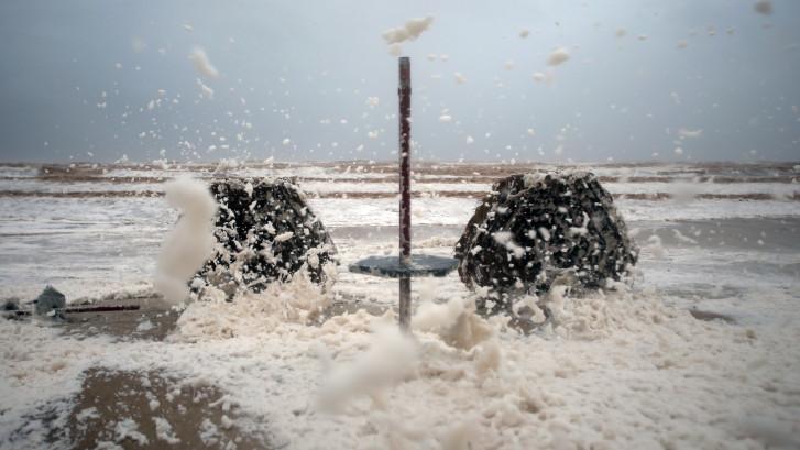 Drie jaar aan regen valt in 24 uur in Oman