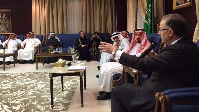 Aboutaleb sprak op de King Saud University in Riyadh onder meer over de uitwisseling van studenten, watermanagement en de rechten van minderheden
