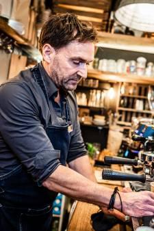 Van jurist naar het zwarte goud: Zo word je een succesvolle Alphense koffiemalloot