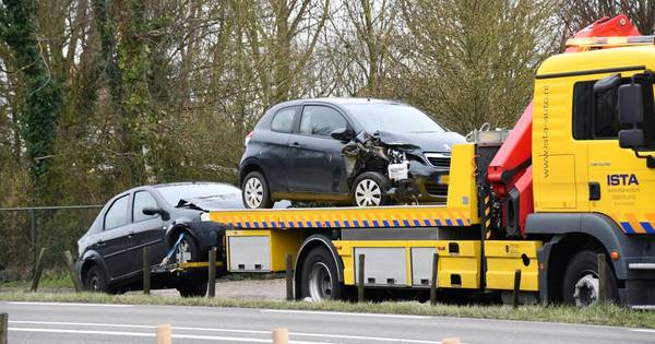Vier autos betrokken bij ongeluk op N59.