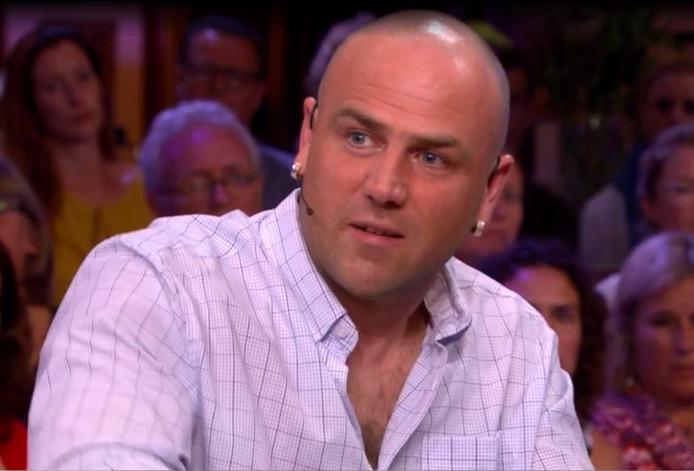 Vrachtwagenchauffeur Peter van Dinten uit Cuijk bij RTL Late Night.