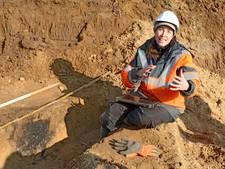 Archeologen vinden grafveld van duizenden jaren uit in Ellecom