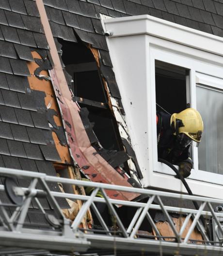 Flinke brand op dak van woning aan Akkerwinde in Alphen
