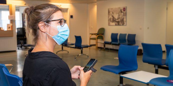 Vanaf maandag is een mondkapje dragen verplicht in de wachtkamers van het St. Antonius Ziekenhuis en haar satellieten.