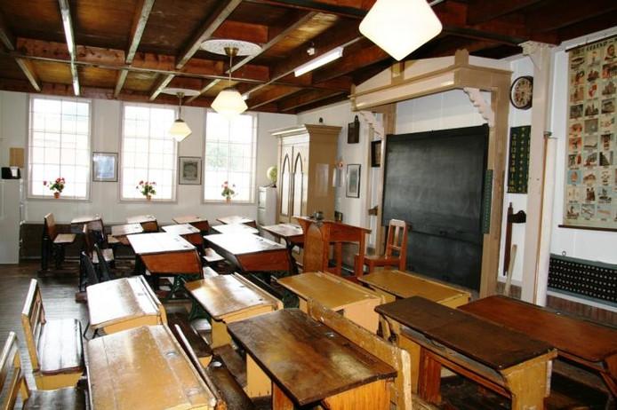 Het schoolklasje uit 1910 in museum de Meestoof.