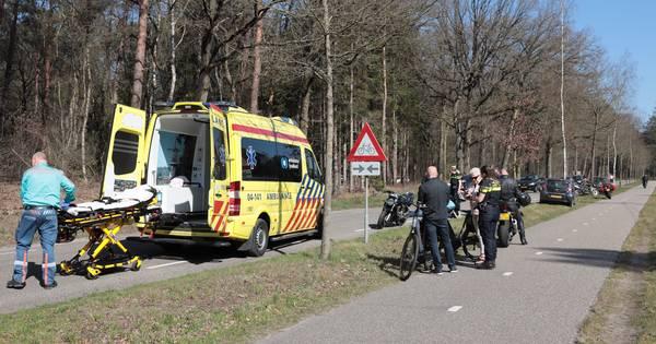 Ongelukken en ergernissen: motorrijders tóch massaal de weg op, 'Ze scheuren hier wel vijf keer per uur langs'.