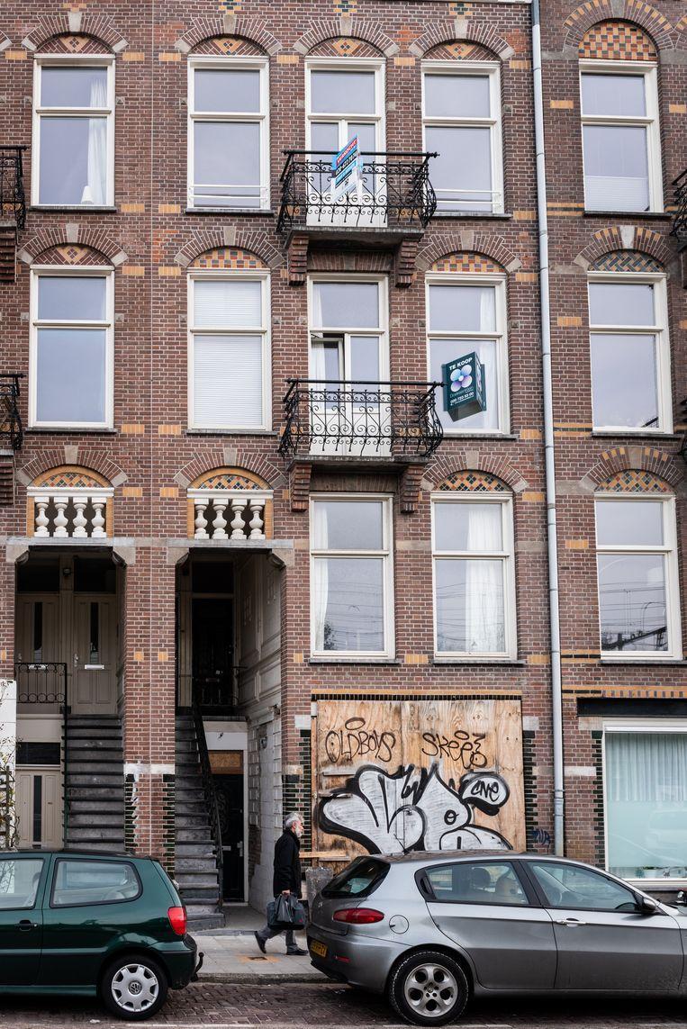 Appartementen uit het microsegment in de Celebesstraat in Amsterdam. Beeld Simon Lenskens
