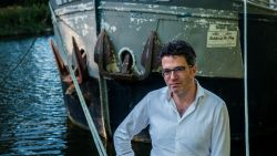 """INTERVIEW. Viroloog Steven Van Gucht: """"Reizen kan perfect als je het slim aanpakt"""""""
