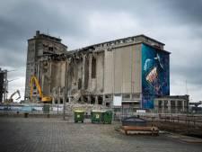 Bekend havenzicht verdwijnt elke dag wat meer: sloop van betonnen SAMGA-gebouw gaat gewoon door