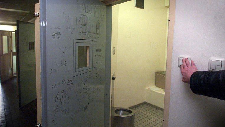 Een cel in het oude politiebureau aan de Warmoesstraat Beeld anp