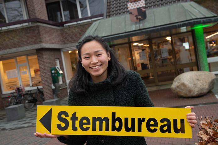 Cyrille Lunenborg (21) gaat aan de slag als stemmenteller in Nunspeet.